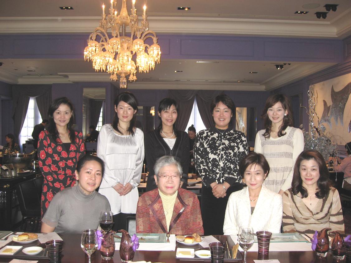 2008-03-15-womensnws.jpg