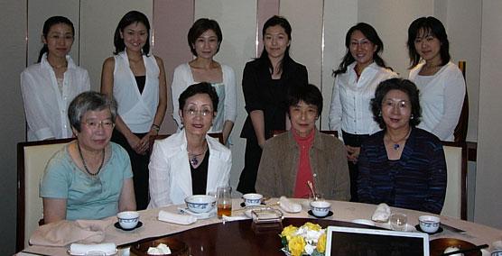 2005-07-13-women-net.jpg